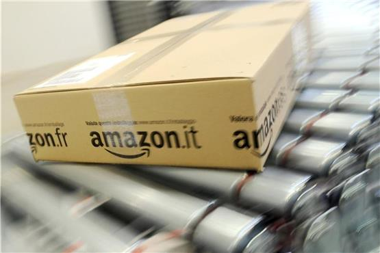 Fritteusenbrand in Amazon-Logistikzentrum stoppt Schicht