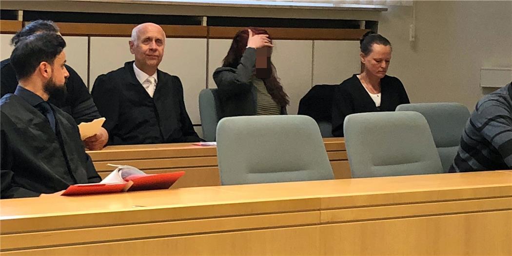 Gericht Verurteilt