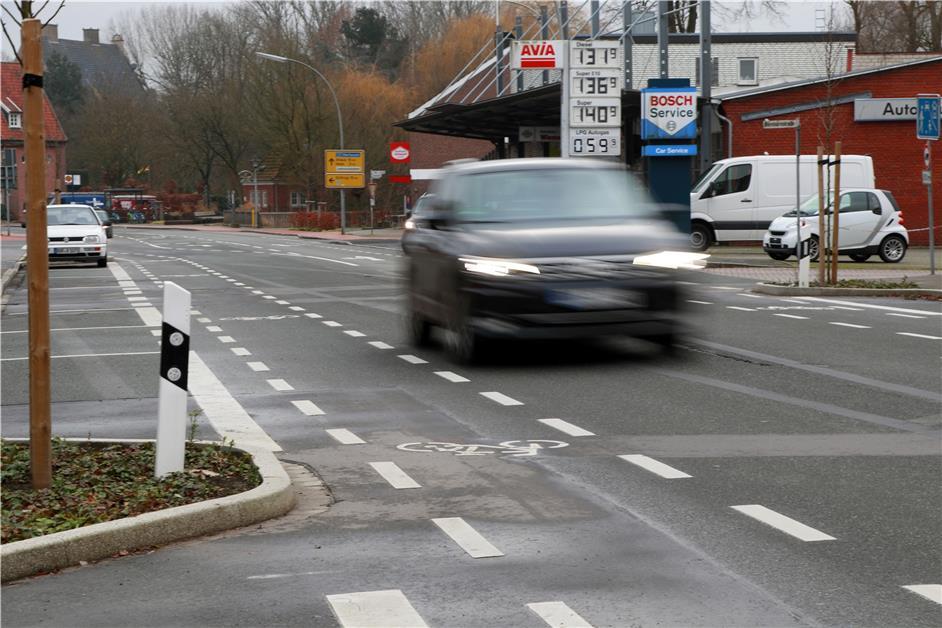 gronauer autofahrer 30 rast mit 103 km h durch. Black Bedroom Furniture Sets. Home Design Ideas
