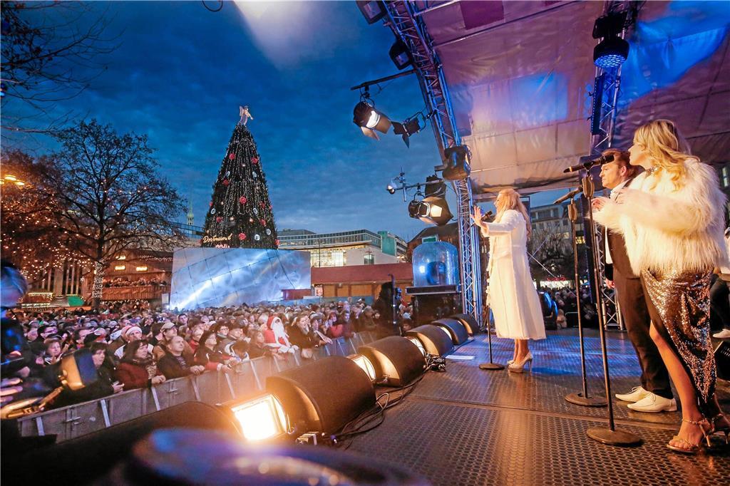Dortmund Weihnachtsmarkt.Schlagerstars Feiern Auf Dem Dortmunder Weihnachtsmarkt