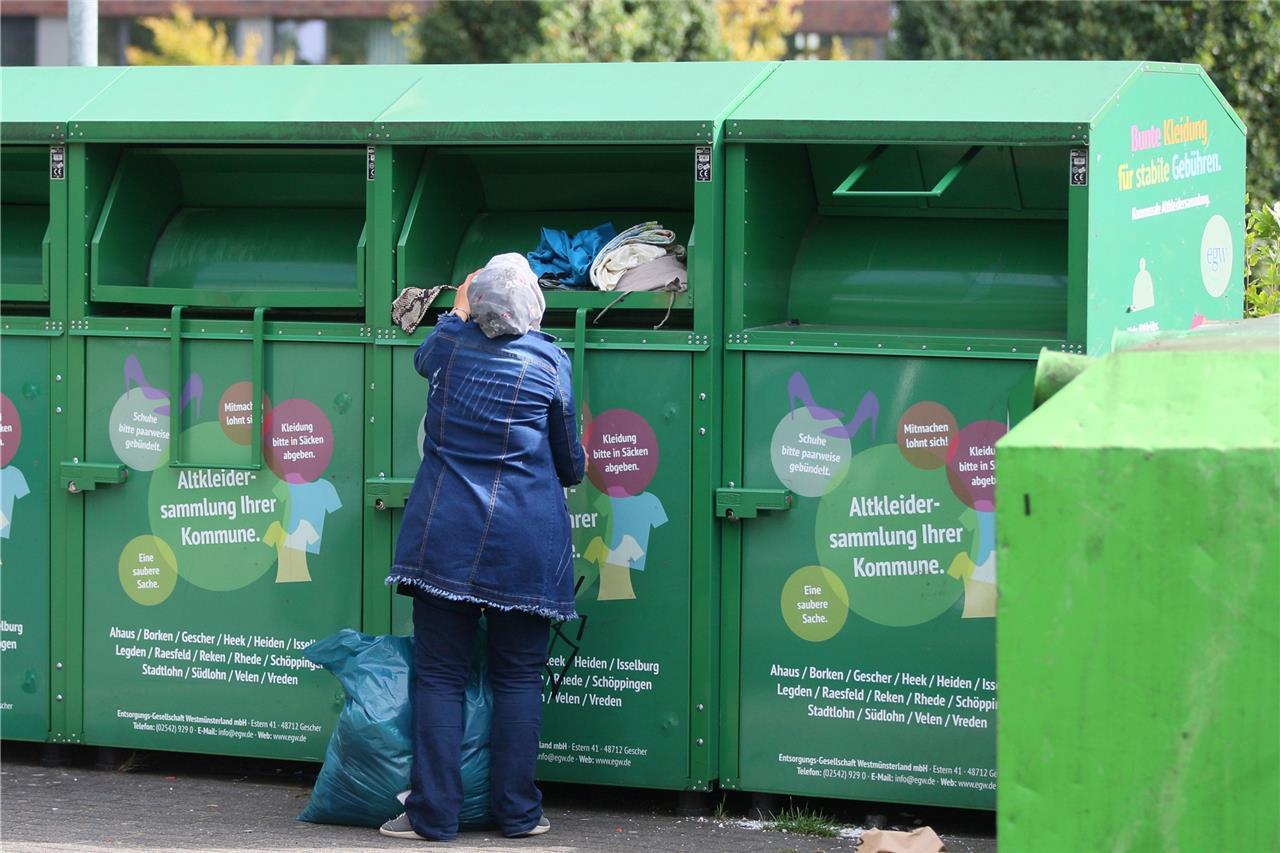 Wer Am Ende Von Altkleiderspenden Profitiert Und Wie Recycling Im