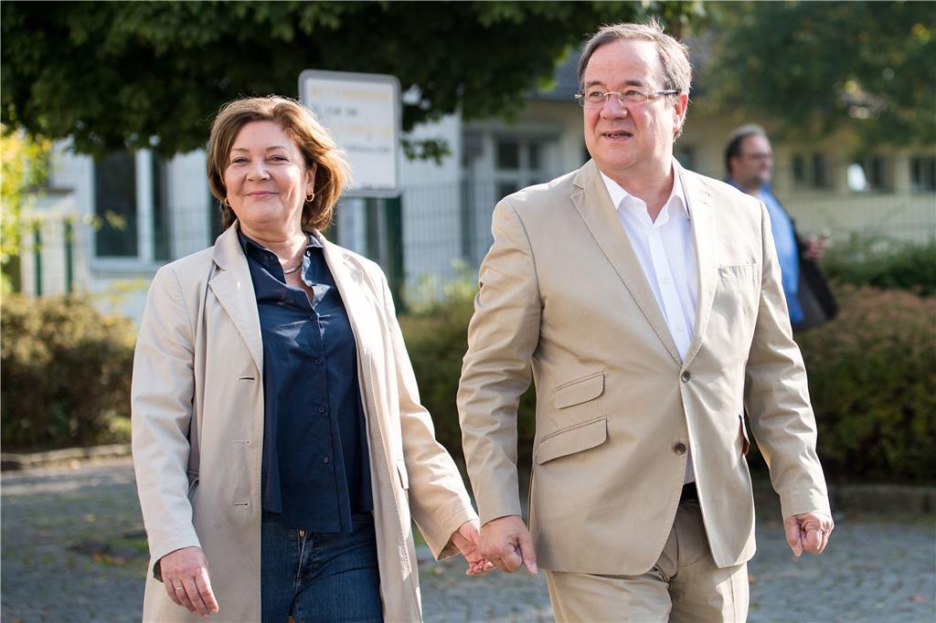 Armin Laschet Hat Seine Frau Susanne Verprugelt Als Sie 7 Jahre Alt War