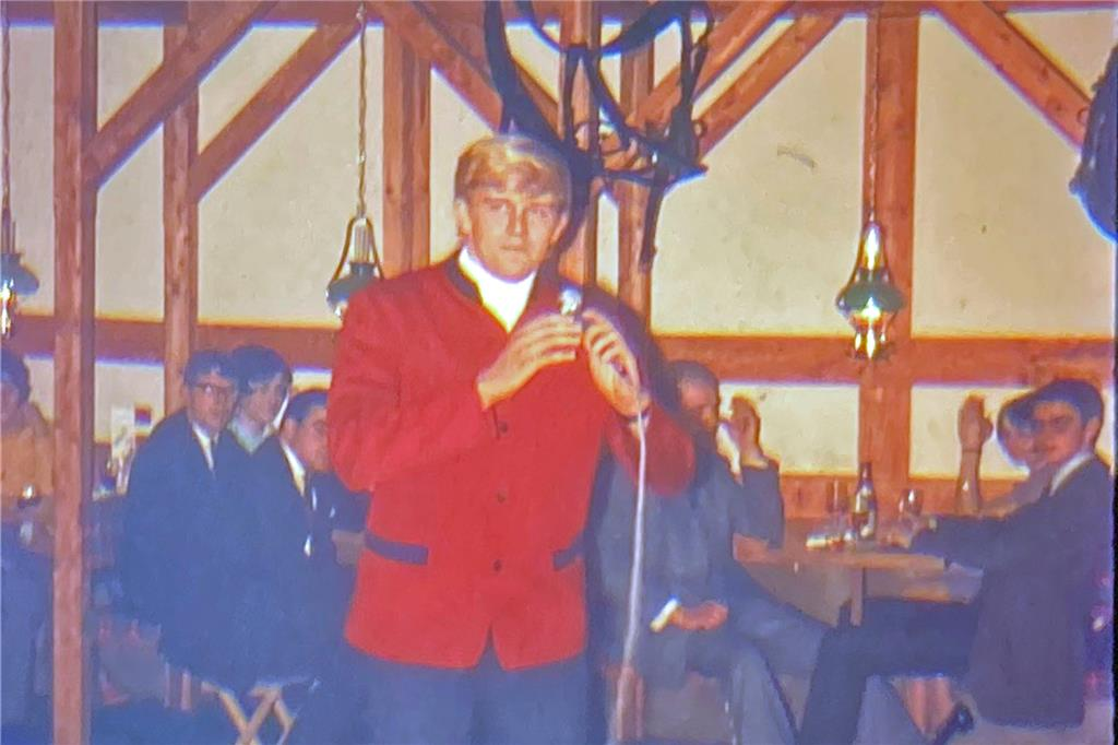 "Ostern 1967: Howard Carpendale ist zu Gast in Halterns discothek ""Old Daddy""."
